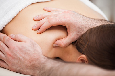 Osteopathic shoulder treatment from Ian Griffiths Clinics